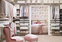 Elfa White Mesh Wardrobe / Inspiration Wardrobes made from White Mesh products.