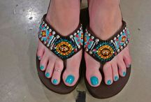 Treat Your Feet To Comfort & Style! / From women in the  30, 40 & 50+ crowd - the number one question I get is can I find comfortable shoes that are truly stylish?  I have met so many women who are struggling with a variety of feet issues, problems and pain - but still desire to wear stylish shoes. I went on a hunt and found cute, stylish and truly comfortable shoes!