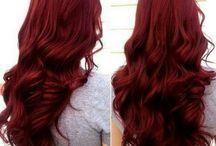Cheveux rouges/acajoux/violine