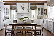 Kitchens / So many beautiful kitchens and ideas.