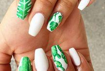 Nails mani