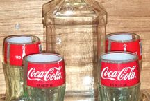 Riutilizzare bottiglie e lattine della Coca Cola / Perchè sbarzzarsi velocemente di una lattina o una bottiglia della Coca Cola? Guardate cosa si potrebbe fare.