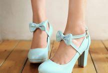Mary jankes heels