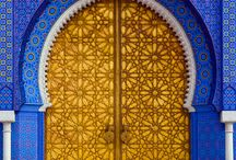 Doors Worldwide / Collection of cool door photographs from all over the world.