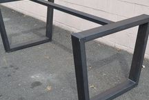 IRON TABLE BASE