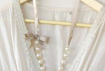 make neckless, braclet,jewelrys & handbands to make.