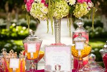 Sweets & Dessert tables / For the both of you not just one cake? Think about a sweet table or a dessert table! It looks so great!