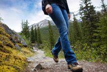 Pohodniška oprema / Katero opremo potrebujemo, da bomo varni in zadovoljni tudi v hribih in gorah?