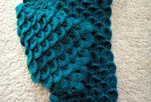 knit/crochet / by Laura Mize