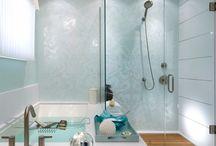 Bathroom / by Alejandra Centeno
