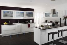 Black and White Kitchens / Go modern with monochrome! Black and white kitchens are bang on trend.
