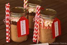 Mason Jar Gift Ideas / mason jar gift ideas   DIY mason jar gifts