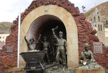 Oruro, Bolivia: donde encontre al Diablo / Visita al Santuario de la Virgen del Socavon, venerada especialmente por los mineros, que le agradecen y le piden que no les falten las riquezas minerales en los socavones de las minas.