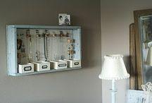 Bedroom  / Jewellery storage
