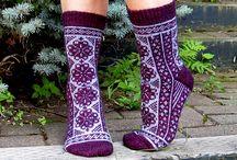 Värikkäät sukat