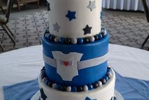 Baby Shower Cakes / Delight in three layers of cake paired with two generous layers of filling. DeEtta's uses real buttercream, offers a variety of flavors and fillings, and tailors everything — from taste to design — to your personal preferences.