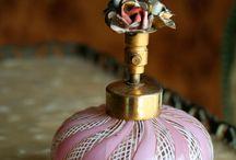 Parfüm tartók-művészet kicsiben