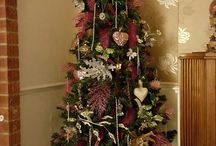 christmas decorations / pink / vintage christmas