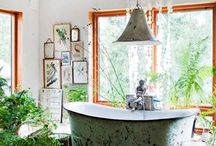 BATHROOM STYLE | BOHO CHIC / Bohemien inspiration for the bathroom: less is a bore