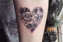 Tatuagens Femininas / Tatuagens variadas para mulheres que gostam de se tatuar!