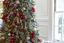 Farmhouse Christmas Theme / Add rustic elegance to your holiday home  with classic hues and our  exclusive plaid pattern, this collection  brims with country charm.