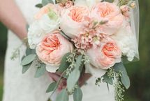 Flowers ideas (August) / ideas for brides getting married in August  / by WeddingsInItaly