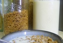 Cereal, granola, and bars / by Rose Eberhard