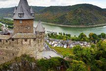 Valea Rinului / Un circuit de exceptie care te va purta printre cele mai frumoase castele din Valea Rinului.  #valearinului #castele