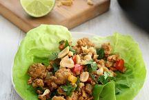 Thai chicken peanut wraps