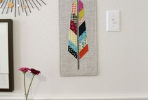 Mini Quilt Ideas / A collection of mini quilt patterns, tutorials and ideas.