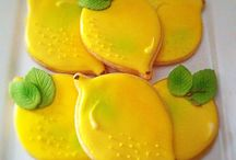 Cut out Cookies / Delightful ways to decorate sugar cookies