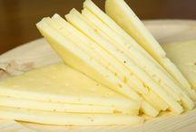 Queso Manchego, la denominación de origen / Articulo sobre el queso manchego, de donde procede, como se elabora y como identificarlo a la hora de hacer la compra, no te pierdas este articulo!! http://goo.gl/svOSyB