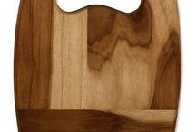 Kitchen Greats / Ecologically sound kitchen utensils such as cutting boards, wooden spatulas, and tea towels, that are hand made