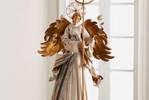 Anjos em materiais diversos