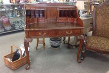 Chippendale! / Classic Elegance! Gorgeous Chippendale Desk. Complete with secret drawers. made by Maitlan-Smith.