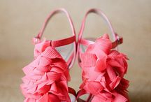 Coral Weddings / Inspiration and ideas for coral wedding palettes.