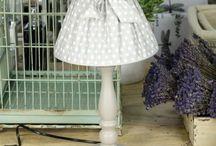 Lampy w stylu prowansalskim / Przepiękne, Eleganckie lampy w stylu prowansalskim, dodadzą romantycznego oświetlenia w każdym pomieszczeniu. Będą również cudowną delikatną dekoracją w domu.