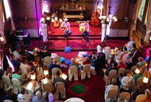 Lazy Sonnie Afternoon / Artiesten tijdens akoestisch podium in de Sonnerie in Son en Breugel