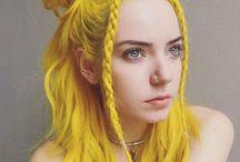 ♀ Female • Yellow Hair