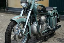 cycles and bikes / Motorcycles, motorbikes and bicycles