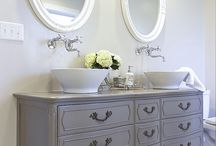 Master bath / Double vanity gray