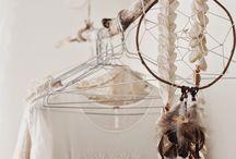 Ramas decorativas / Me encanta decorar la casa con ramas de árbol y adaptarlas a objetos prácticos como colgadores de bisutería, ramas decorativas, ramas para poner mis fotos más bonitas.