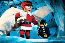 Santa Claus Meets the Tooth Fairy / A child's Christmas wish for the Tooth Fairy to meet Santa Claus comes true when she loses a tooth on Christmas Eve.