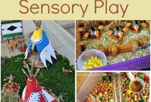 Thanksgiving classroom activities / by Linda Cardenas