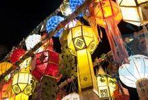 Experience Lanterns of Lanna culture in Thailand / Lanna Lanterns zal een van onze experiences zijn tijdens onze studiereis. Hierbij gaan we zelf een lantaarn of lampion in 'Lanna'- stijl maken. Deze worden vaak gebruikt als decoratie tijdens het Loy Krathong Festival en het Yee Peng festival waarbij er duizenden lantaarns de lucht in gaan als offer.  #3MTT #NHTV
