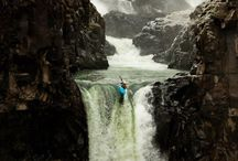 Whitewater Kayaking / Pinning places, faces and boats!