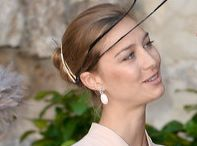 Clothes - Hats,Fascinators / by Maaika Kruger