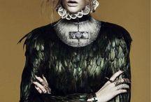 _Fashion/Alexander McQueen_