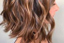 Saç modeli ve rengi
