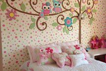 Elsa bedroom / by Kristin Clove